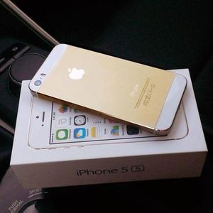 Apple iPhone 5S 64GB, Samsung Galaxy S5, Sony Playstation 4
